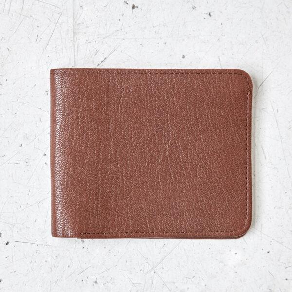 Bifold russet wallet
